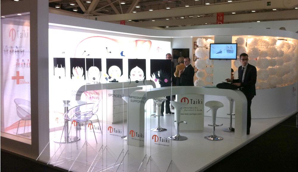 R alisation stand et salon cosmoprof italie pour taiki for Fabricant de stand pour salon